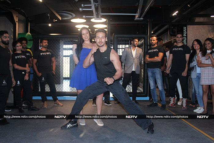 Tiger Shroff\'s Day Out With Sister Krishna