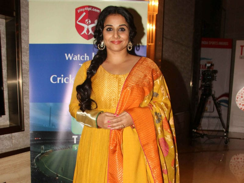 Vidya Balan And Mandira Bedi Were Ravishing At This Award Function