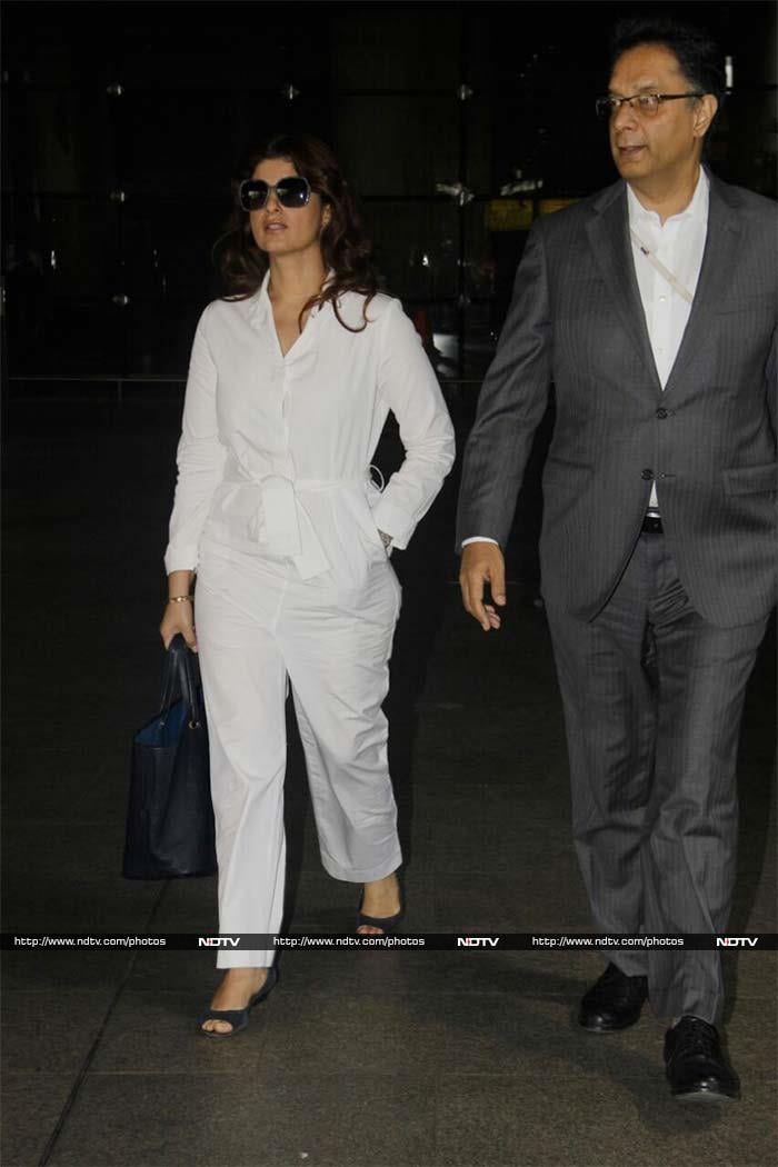 Boss Lady Twinkle Khanna Spotted At The Airport