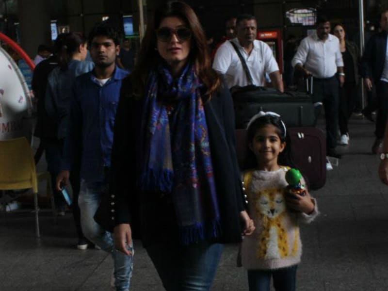 Akshay, Twinkle And Nitara Are Back From Cape Town Vacation