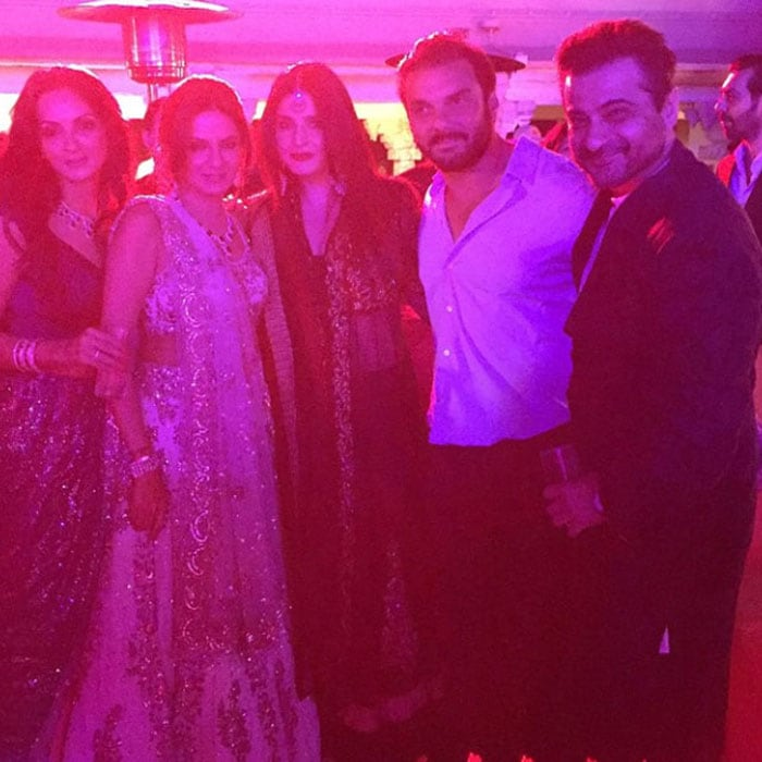 Waiting for Tonight: Jennifer Lopez in Udaipur For Hinduja Wedding