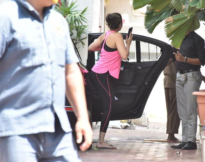 Shamita Shetty was pictured in Juhu.