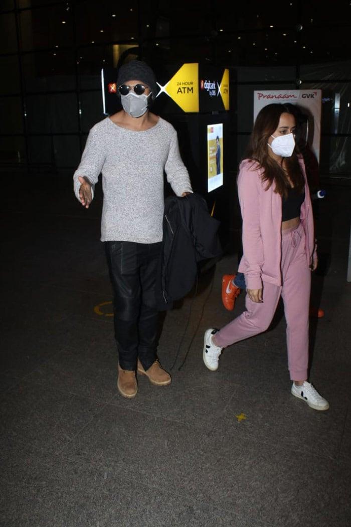 After Wrapping Bhediya Shoot, Varun Dhawan Lands In Mumbai With Wife Natasha Dalal