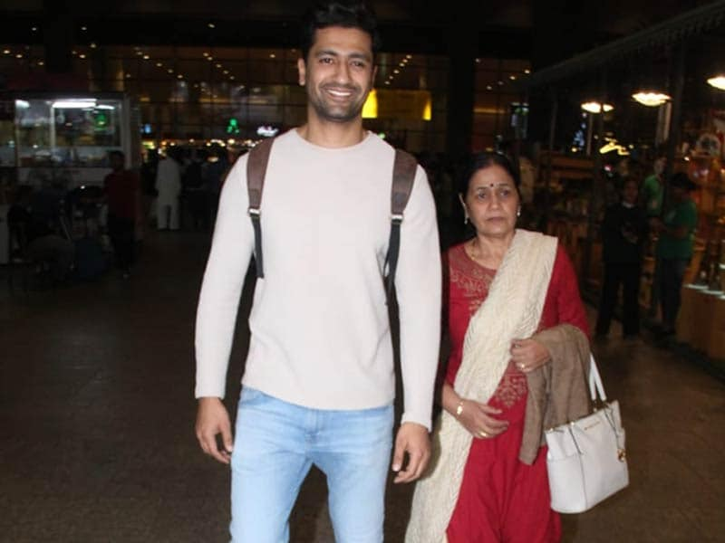 Vicky Kaushal Returns To Mumbai With His National Award