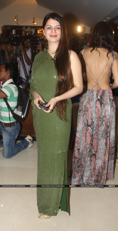 Vivek and wife Priyanka\'s Grand party