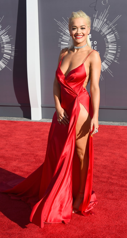 VMAs Red Carpet: Black Magic Beyonce, Katy is Britney