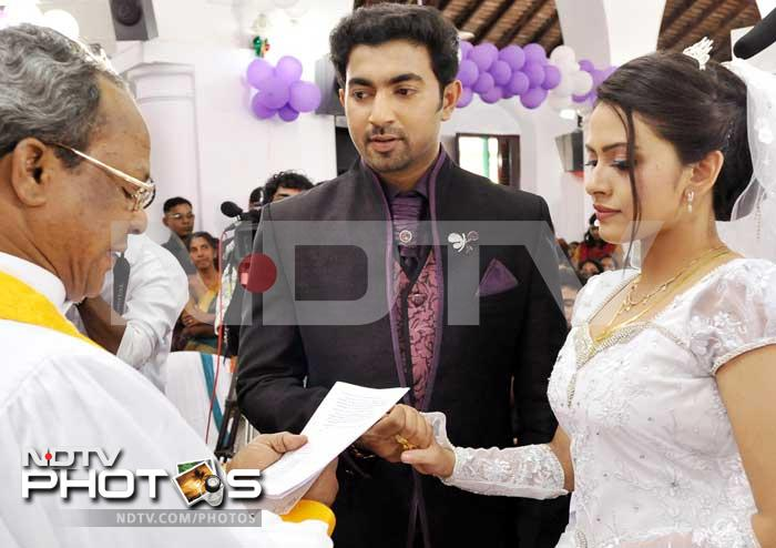 Malayalam actress Dhanya Mary Varghese ties the knot