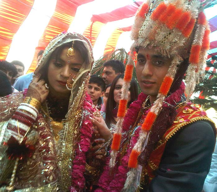 Wedding pics of Kangana\'s sister