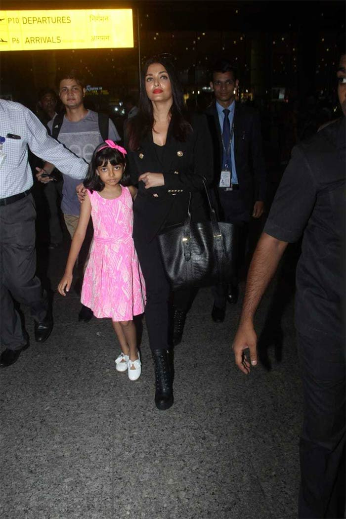Welcome Back From Cannes, Aishwarya And Aaradhya