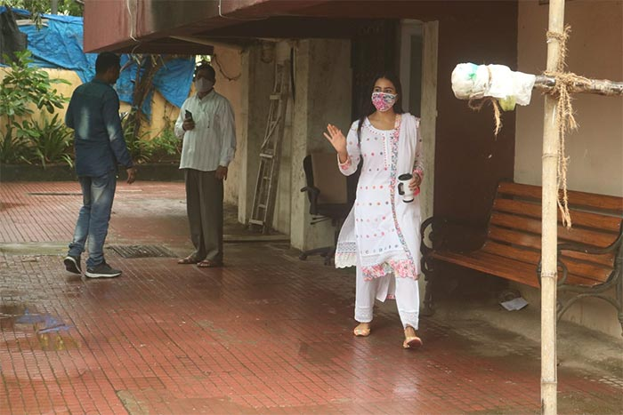 What Kept Sara Ali Khan Busy On A Rainy Day