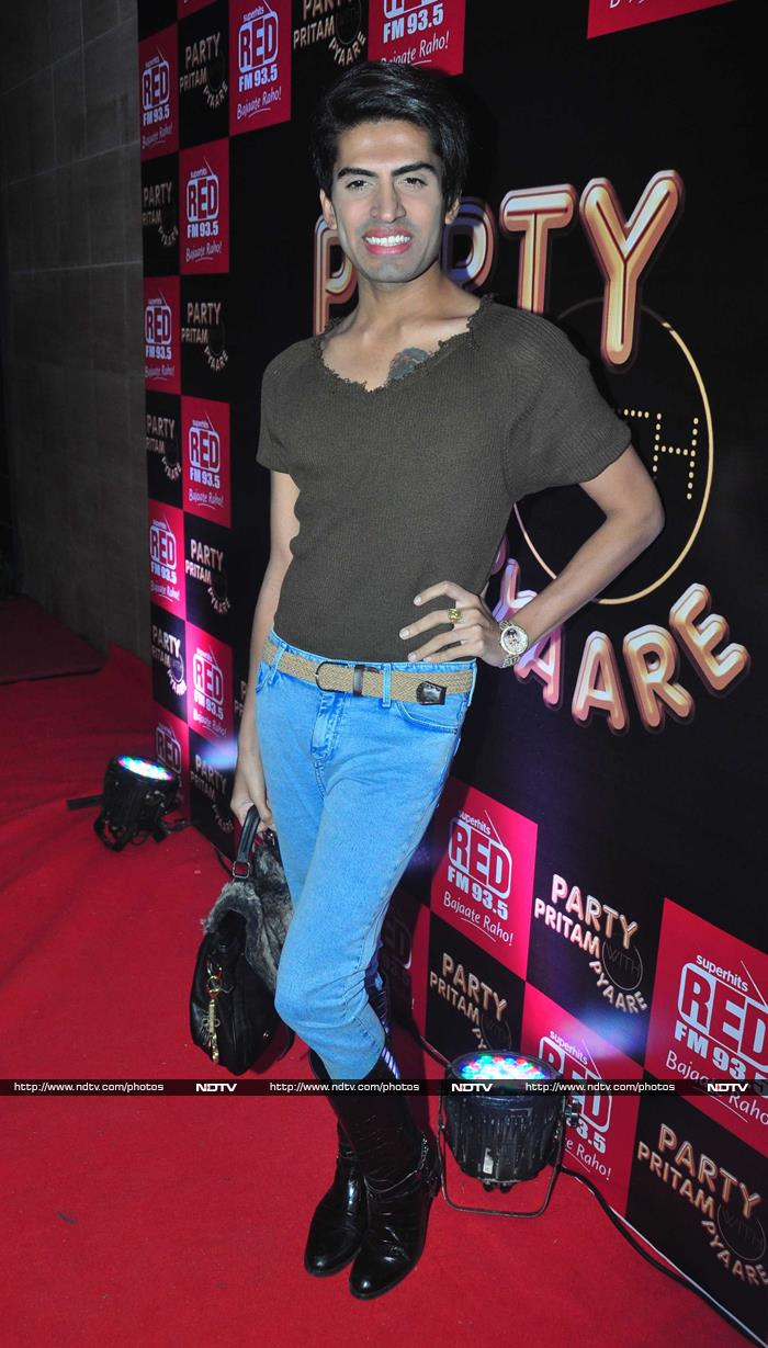 Bigg Boss Pals Party With Pritam