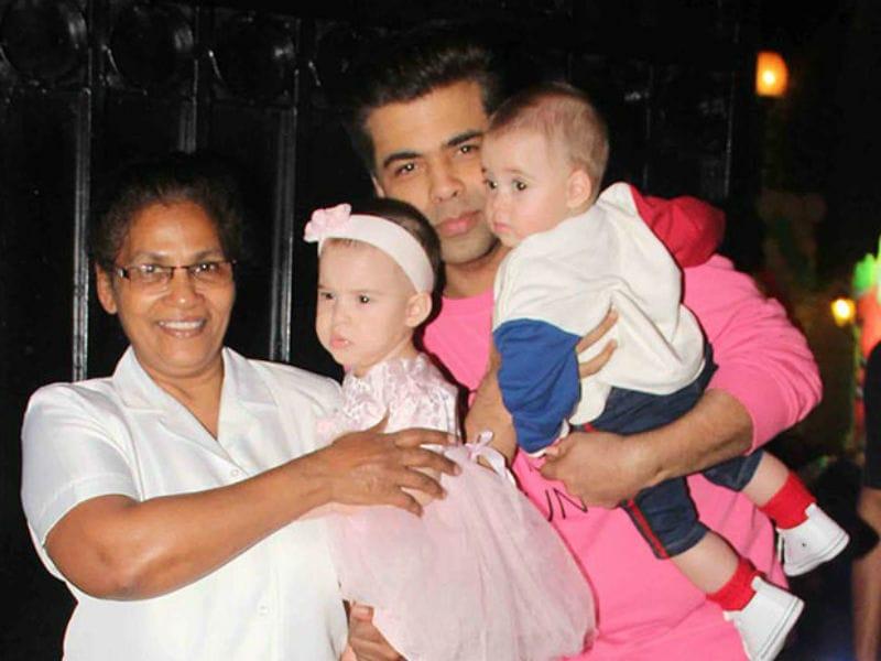 Photo : करण जौहर के जुड़वां बच्चों ने ऐसे मनाया Christmas