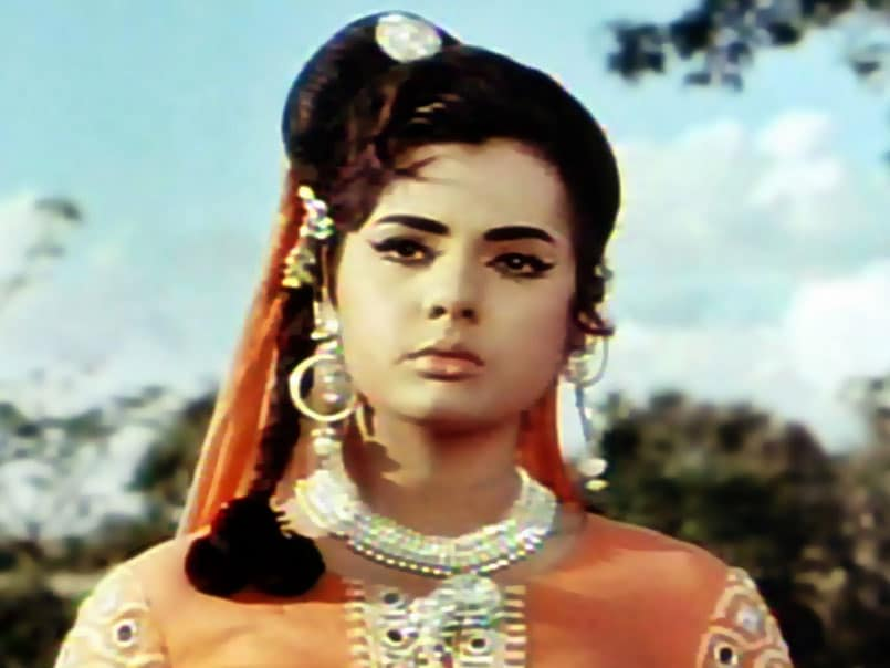 Mumtaz, Still Bollywood's Sanam at 67