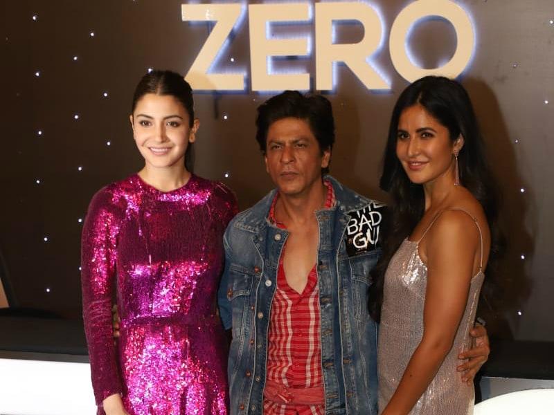 Anushka, Katrina Make Sure Birthday Boy Shah Rukh Has Crazy Fun On Ground Zero