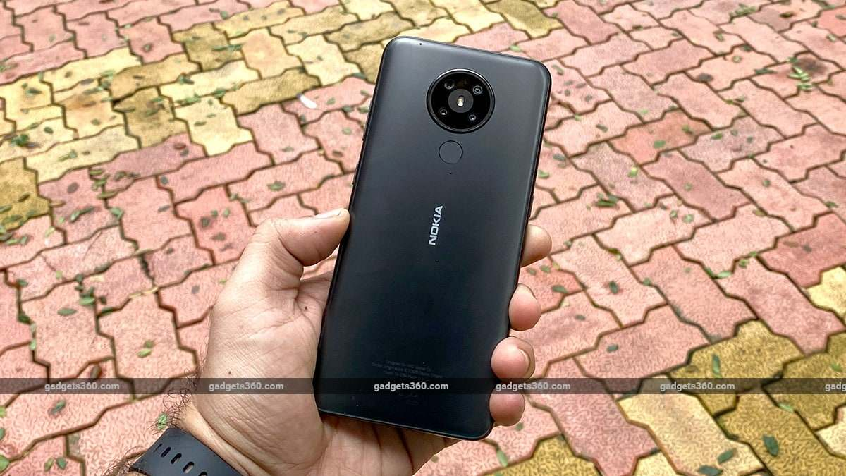 2021 में ये 8 मोबाइल फोन हुए 10 हजार रुपये तक सस्ते