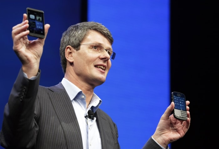 BlackBerry CEO confirms encouraging UK sales; disappointed with US launch delay