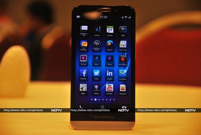 BlackBerry Z30: First Look