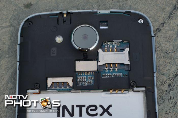 Intex Aqua i-5: Hands on