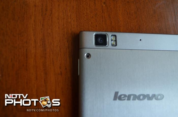 Lenovo K900: In Pictures