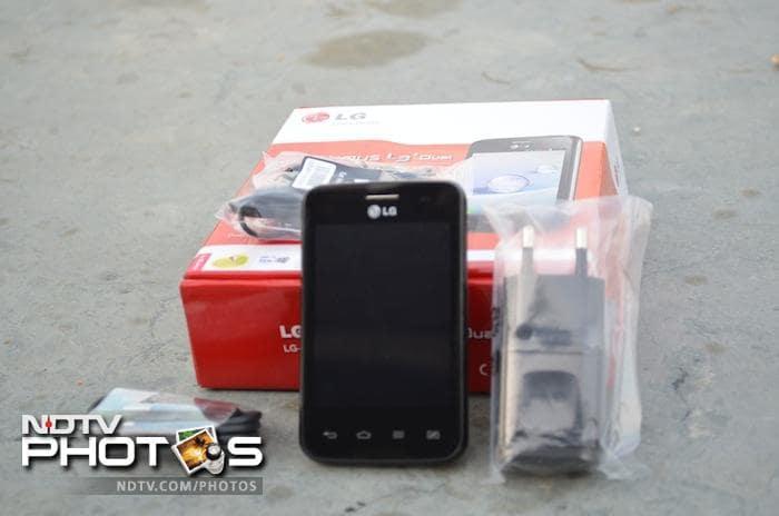 LG Optimus L3 II Dual: In Pictures