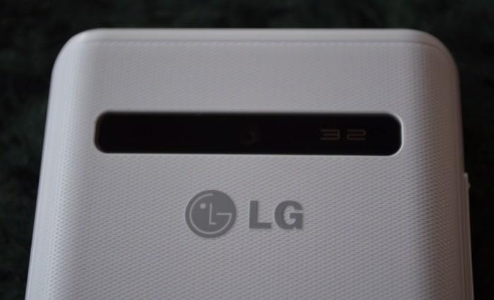 LG Optimus L3 Dual: In Pictures