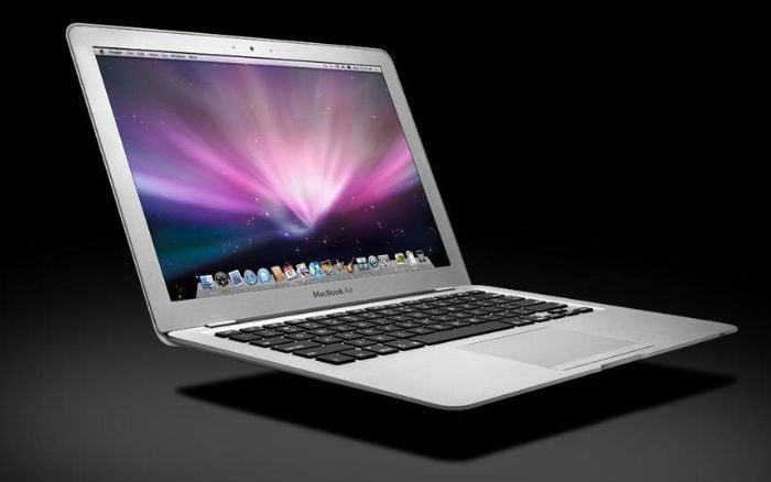 In pictures: History of the Macbook