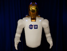 Spacewalking robot, sends tweets