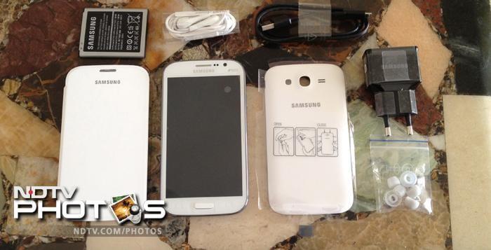 Samsung Galaxy Grand (Duos) in pics