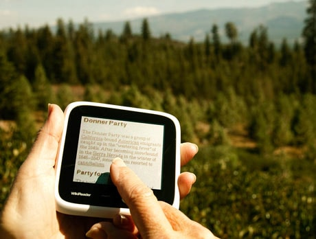 WikiReader: Entire Wikipedia on your palm