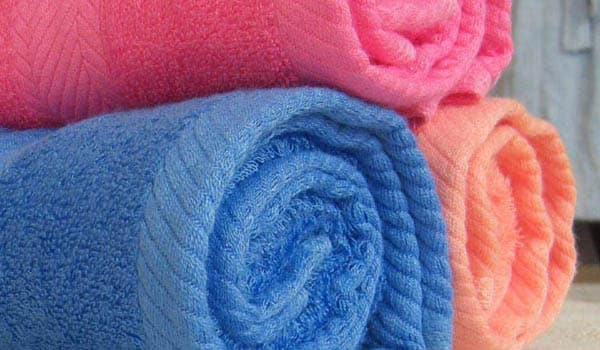 Wash your pillow covers regularly and always use clean face towels. Dirty towels and pillows can harbor bacteria and germs that can make acne worse.