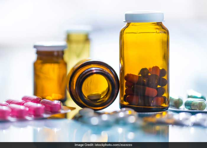 Certain medications used for treating migraines, high blood pressure, depression, anxiety etc. also cause loss of appetite.
