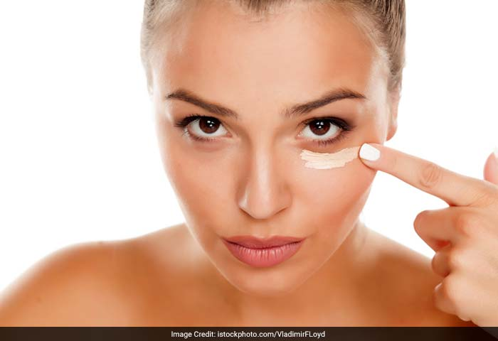 Dark circles may be caused by a deficiency of vitamin K. Recent research has shown that skin creams containing vitamin K and retinol to reduce puffiness and discoloration significantly in many patients. Long-term daily use seems to have the greatest effect.