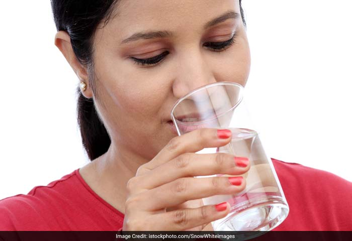 Drinking water help you fight against flu and other ailments like kidney stones and heart attack.