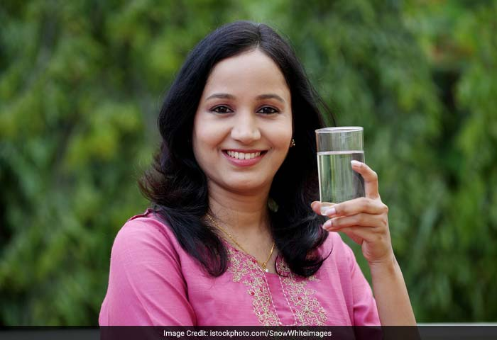 Your brain is mostly made up of water, thus drinking water helps you think better, be more alert and more concentrate.