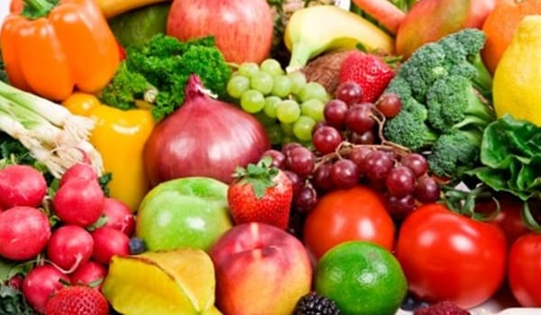 Make sure you eat a healthy diet and get plenty of vitamins and minerals because vitamin and mineral deficiencies can cause scaling of lips and cracking of lip corners.