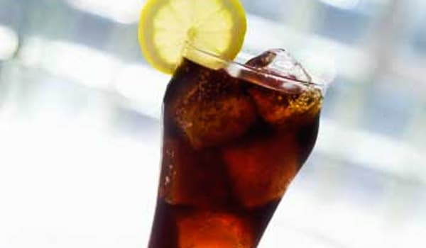 Consumption of soft drinks (containing sugar) has been associated with excess weight gain and an elevated risk for the development of type 2 diabetes.