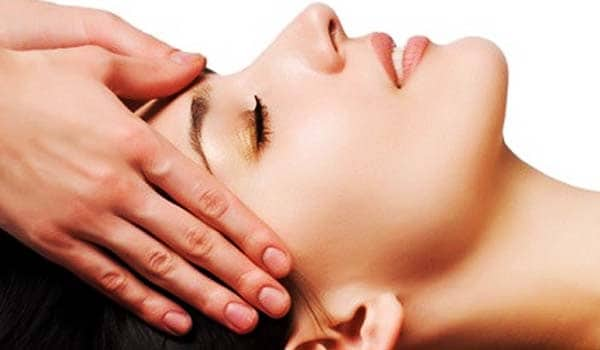 Head massage can also provide relief to headaches. A head massage makes you feel relaxed and calms you mind and revitalise the brain and body. It also improves blood circulation in different parts of your head.