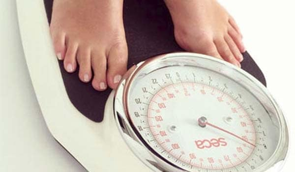 Maintaining a healthy weight helps you reduce your risk of heart disease, stroke and diabetes.