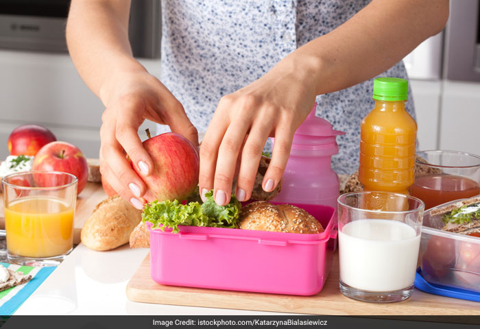 Make sure your child eats the lunch you give him in school. If he doesn't, give him healthy food in attractive manner. For example, make a vegetable sandwich or chapatti role filled with vegetables.