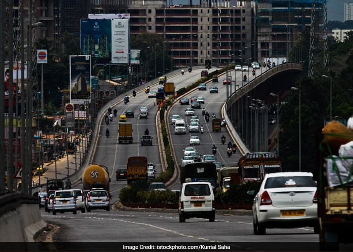 According to previous studies, traffic exposure triggers about 8 percent of heart attacks among those who are vulnerable, and it can affect you if you
