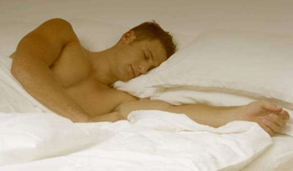 Sleep naked to allow the area to remain dry.