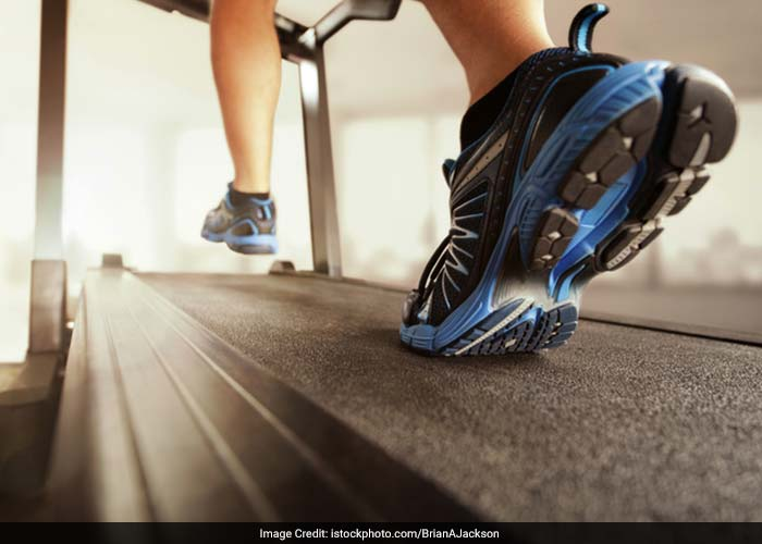 The knee is a joint that supports a lot of weight. To keep it working, strengthen it with weight-bearing exercises. Using a programme targeted at improving joint health can help you strengthen the muscles and ligaments that support the knee so that the knee cap doesnt shift or move during normal activities.