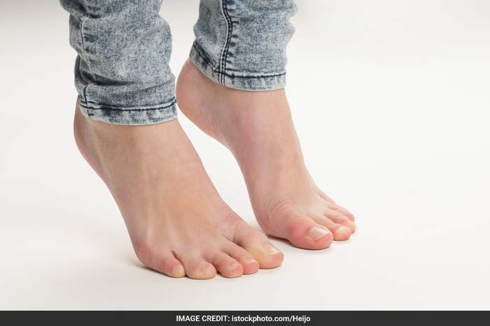 Ankle Stretch: Sit comfortably with both feet touching the floor. Extend your right leg so that toes are pointing down and inhale. Exhale as you flex your foot up. Repeat 5 times.