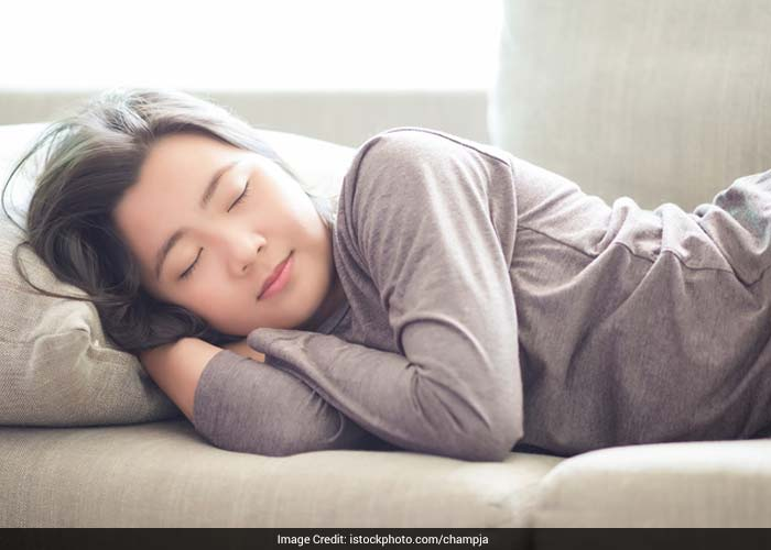 Just 15-30 minutes of nap in the mid-afternoon is good for heart functioning, hormonal maintenance, and cell repair and for the overall health of a person.