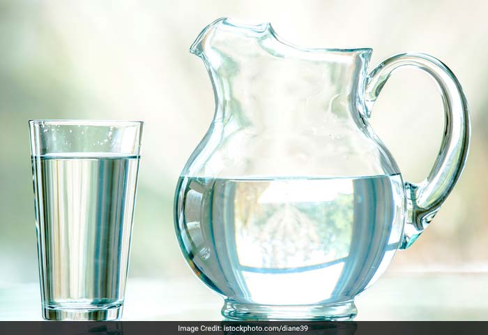 Water carries nutrition and oxygen to your internal body, keeping organs nourished, vital, and fit to fight acne.