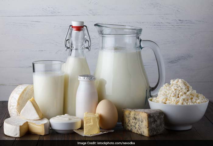 Eating a balanced diet is the best way to have a healthy skin. Low-fat dairy product consists of vitamin A, which is one of the most important components of healthy skin.