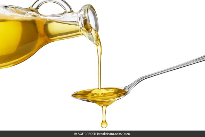 Hydrogenated vegetable oils and other trans fats have been shown to contribute to heart disease and may also contribute to diabetes type 2.
