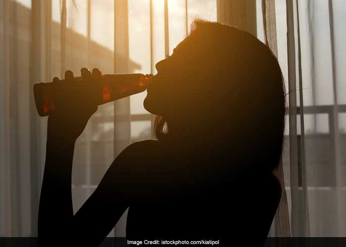 Excessive intake of alcohol and drugs is also responsible for low sex drive in women.
