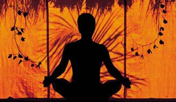 A simple ten or fifteen minutes of meditation can help you to overcome your stress and find some inner peace and balance, restoring the mind to a calm state.