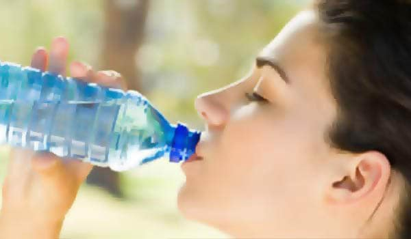 Hydration keeps body temperatures low and thus, less sweat will be produced. Water effectively flushes out excess minerals and pushes out all toxins and waste products. Experts recommend six to eight glasses of water daily.